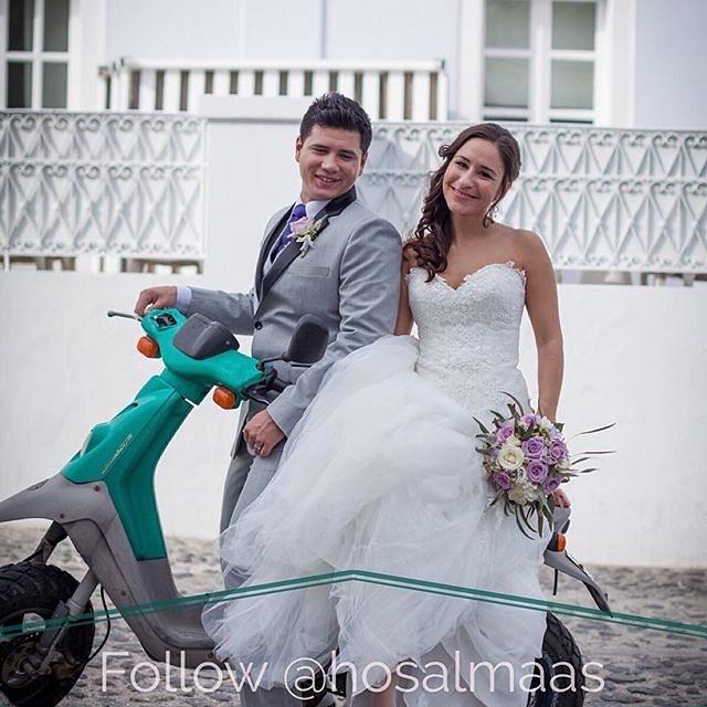 arrangerer bryllup på den magiske øya Santorini foto; Bjørn-Tore Almås @limekex